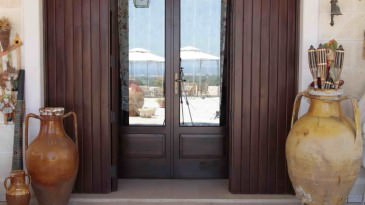 015_iltrullomasseria_finestre_portelloni_persiane