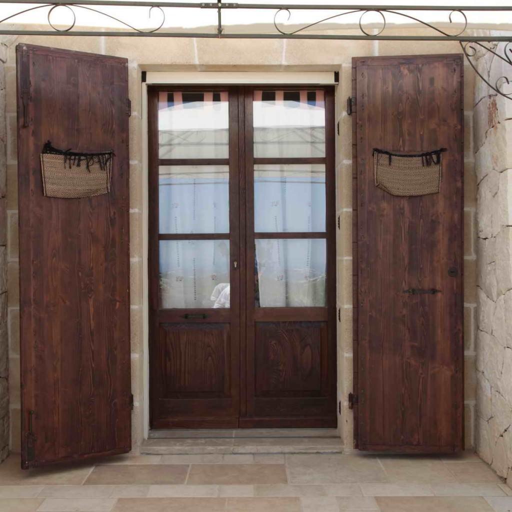 Finestre in legno antiche um97 regardsdefemmes - Finestre e porte ...