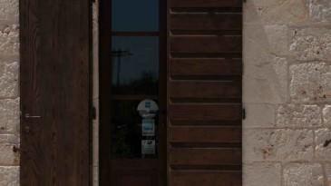 036_iltrullomasseria_finestre_portelloni_persiane