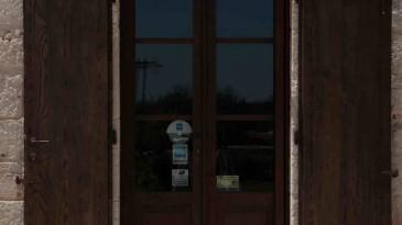 037_iltrullomasseria_finestre_portelloni_persiane